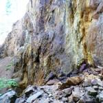 Sulphur on the walls